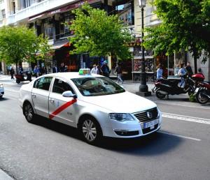 Moverse por Madrid: Taxi. Foto: OgoTours