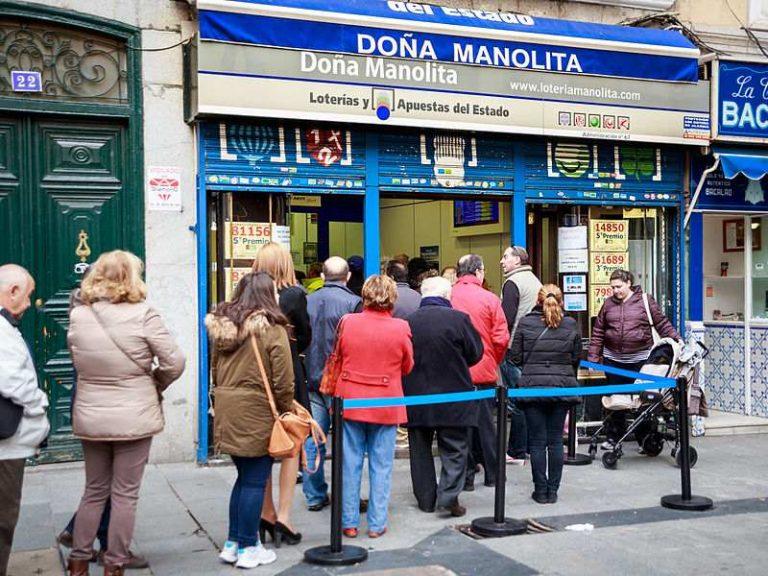 Que hacer en Navidad en Madrid comprar loteria