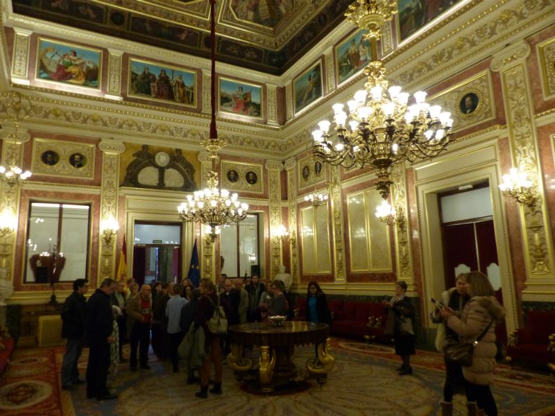 Que hacer en Madrid cuando llueve- La interesante visita guiada al Congreso de los Diputados recorre las principales estancias del edificio, incluyendo por supuesto el Salon de Sesiones / Foto: Wikipedia (Flickr / C.C.)