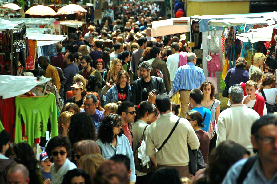 Como ahorrar visitando Madrid | Compras en el Mercado del Rastro